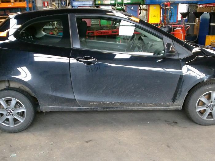 Mazda 2 (DE) 1.4 CDVi 16V (klik op de afbeelding voor de volgende foto)  (klik op de afbeelding voor de volgende foto)  (klik op de afbeelding voor de volgende foto)  (klik op de afbeelding voor de volgende foto)  (klik op de afbeelding voor de volgende foto)