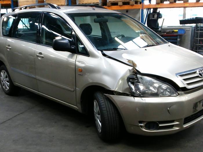 Toyota Avensis Verso (M20) 2.0 16V VVT-i D-4 (klik op de afbeelding voor de volgende foto)  (klik op de afbeelding voor de volgende foto)  (klik op de afbeelding voor de volgende foto)  (klik op de afbeelding voor de volgende foto)  (klik op de afbeelding voor de volgende foto)