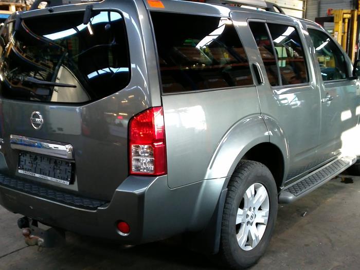 Nissan Pathfinder (R51) 2.5 dCi 16V 4x4 (klik op de afbeelding voor de volgende foto)  (klik op de afbeelding voor de volgende foto)  (klik op de afbeelding voor de volgende foto)