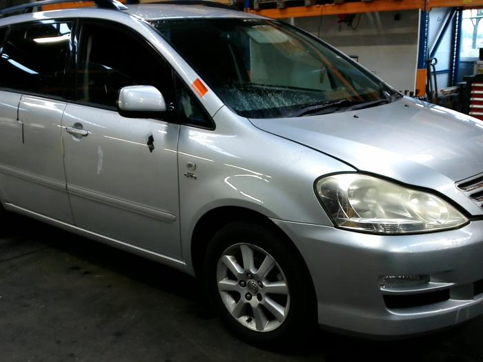 Toyota Avensis Verso (M20) 2.0 D-4D 16V (klik op de afbeelding voor de volgende foto)  (klik op de afbeelding voor de volgende foto)  (klik op de afbeelding voor de volgende foto)  (klik op de afbeelding voor de volgende foto)  (klik op de afbeelding voor de volgende foto)