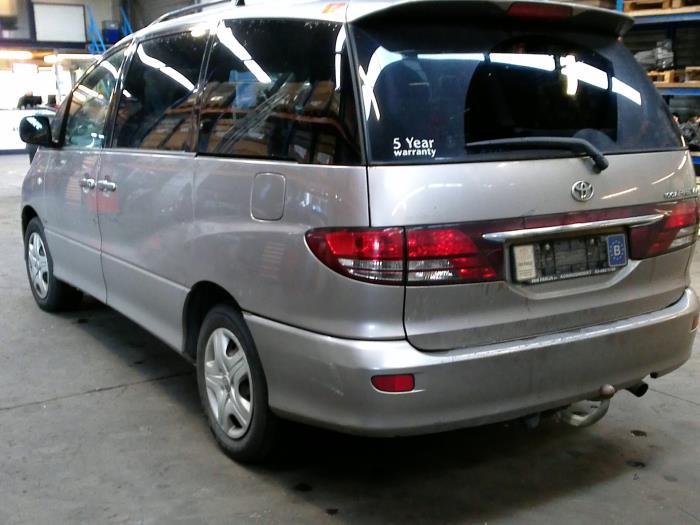 Toyota Previa (R3) 2.0 D-4D 16V (klik op de afbeelding voor de volgende foto)