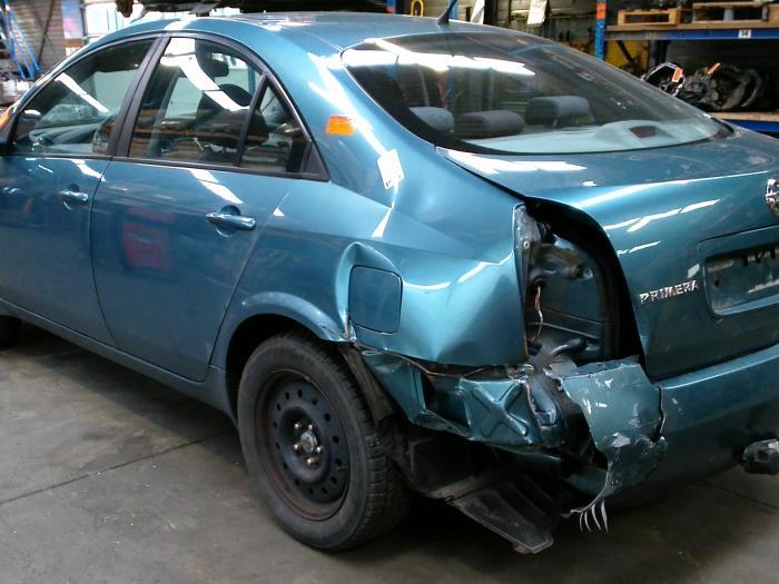 Nissan Primera (P12) 2.0 16V CVT (klik op de afbeelding voor de volgende foto)