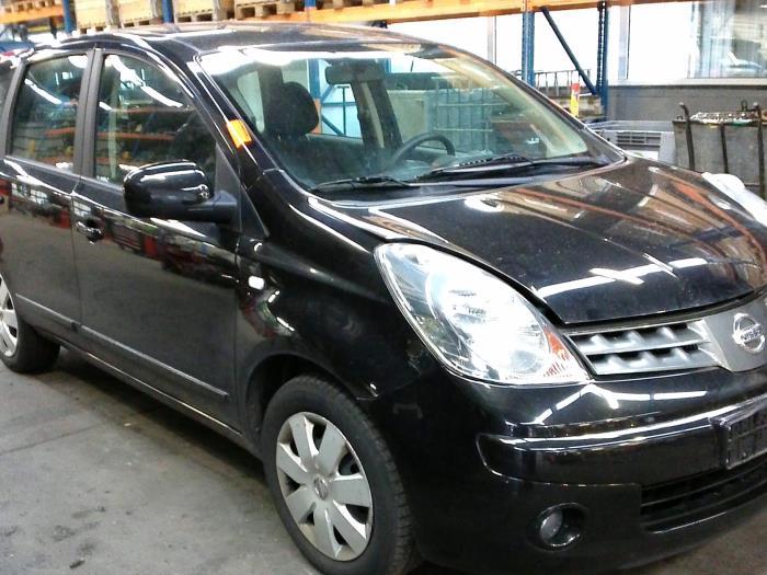Nissan Note (E11) 1.4 16V (klik op de afbeelding voor de volgende foto)  (klik op de afbeelding voor de volgende foto)  (klik op de afbeelding voor de volgende foto)  (klik op de afbeelding voor de volgende foto)  (klik op de afbeelding voor de volgende foto)