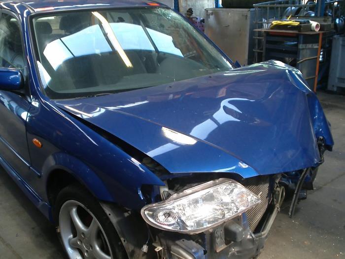 Mazda 323 Fastbreak (BJ14) 1.6 16V (klik op de afbeelding voor de volgende foto)  (klik op de afbeelding voor de volgende foto)  (klik op de afbeelding voor de volgende foto)  (klik op de afbeelding voor de volgende foto)  (klik op de afbeelding voor de volgende foto)