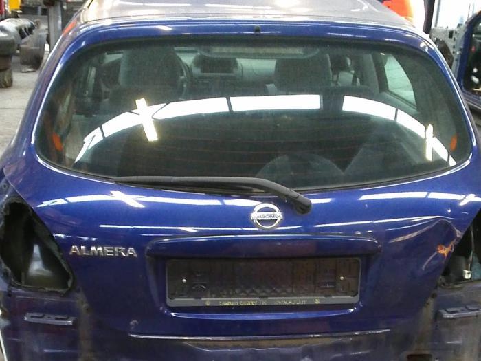 Nissan Almera (N16) 1.8 16V (klik op de afbeelding voor de volgende foto)  (klik op de afbeelding voor de volgende foto)