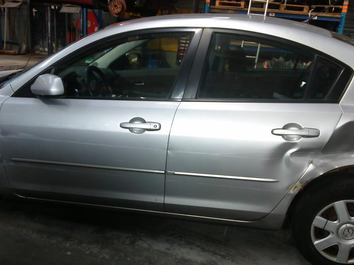 Mazda 3 (BK12) 1.6 CiTD 16V (klik op de afbeelding voor de volgende foto)  (klik op de afbeelding voor de volgende foto)  (klik op de afbeelding voor de volgende foto)  (klik op de afbeelding voor de volgende foto)  (klik op de afbeelding voor de volgende foto)  (klik op de afbeelding voor de volgende foto)  (klik op de afbeelding voor de volgende foto)