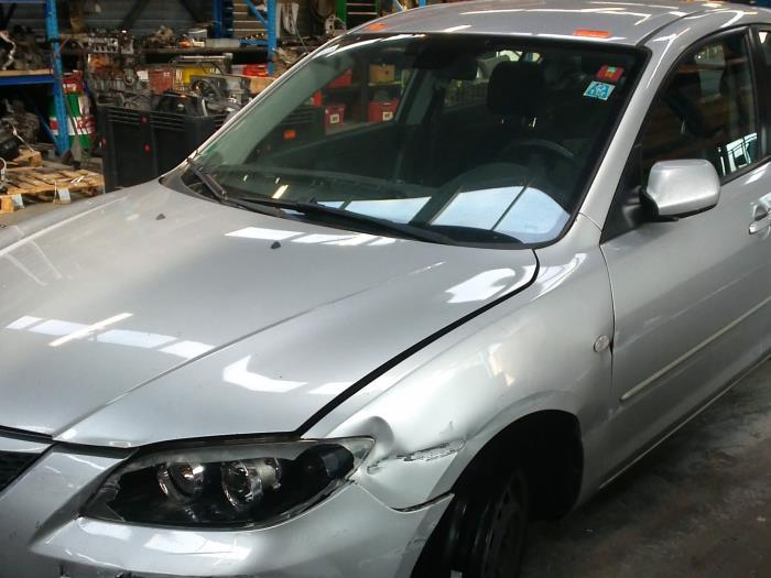 Mazda 3 (BK12) 1.6 CiTD 16V (klik op de afbeelding voor de volgende foto)  (klik op de afbeelding voor de volgende foto)  (klik op de afbeelding voor de volgende foto)  (klik op de afbeelding voor de volgende foto)  (klik op de afbeelding voor de volgende foto)  (klik op de afbeelding voor de volgende foto)  (klik op de afbeelding voor de volgende foto)  (klik op de afbeelding voor de volgende foto)