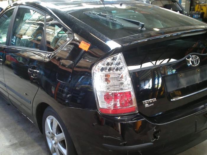 Toyota Prius (NHW20) 1.5 16V (klik op de afbeelding voor de volgende foto)