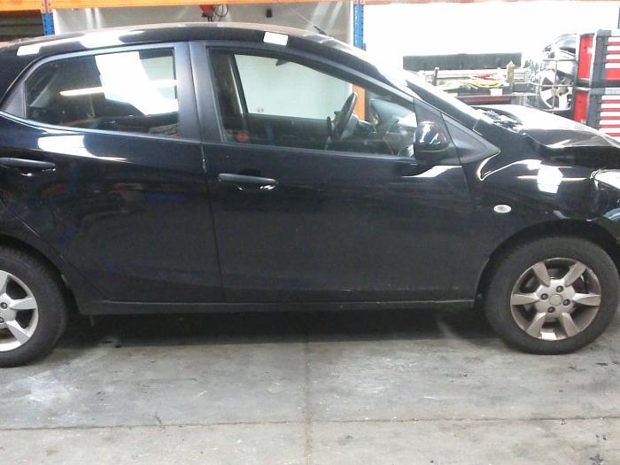 Mazda 2 (DE) 1.3 16V S-VT 2008 Motorrubber (klik op de afbeelding voor de volgende foto)