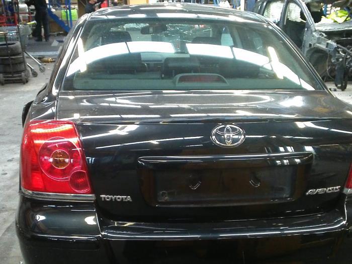 Toyota Avensis (T25/B1B) 2.0 16V D-4D 115 (klik op de afbeelding voor de volgende foto)  (klik op de afbeelding voor de volgende foto)