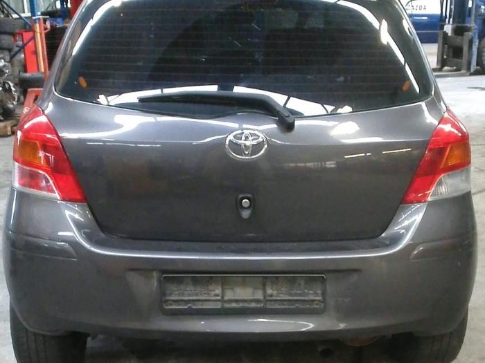 Toyota Yaris II (P9) 1.33 16V Dual VVT-I (Klicken Sie auf das Bild für das nächste Foto)  (Klicken Sie auf das Bild für das nächste Foto)