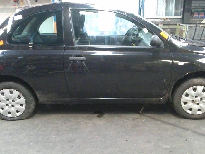 Nissan Micra (K12) 1.0 16V (klik op de afbeelding voor de volgende foto)  (klik op de afbeelding voor de volgende foto)  (klik op de afbeelding voor de volgende foto)  (klik op de afbeelding voor de volgende foto)