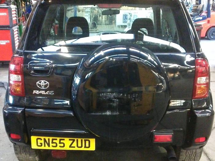 Toyota RAV4 (A2) 2.0 D-4D 16V 4x4 (klik op de afbeelding voor de volgende foto)  (klik op de afbeelding voor de volgende foto)