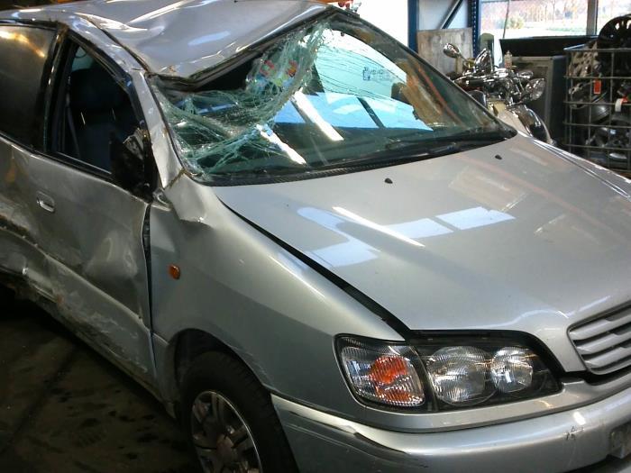 Toyota Picnic (XM10) 2.2 TD GL,GX (klik op de afbeelding voor de volgende foto)  (klik op de afbeelding voor de volgende foto)  (klik op de afbeelding voor de volgende foto)  (klik op de afbeelding voor de volgende foto)  (klik op de afbeelding voor de volgende foto)