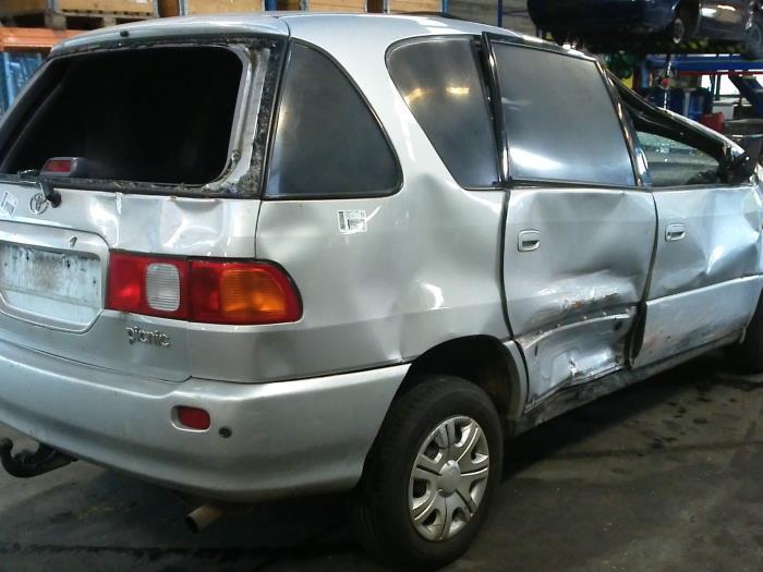 Toyota Picnic (XM10) 2.2 TD GL,GX (klik op de afbeelding voor de volgende foto)  (klik op de afbeelding voor de volgende foto)  (klik op de afbeelding voor de volgende foto)