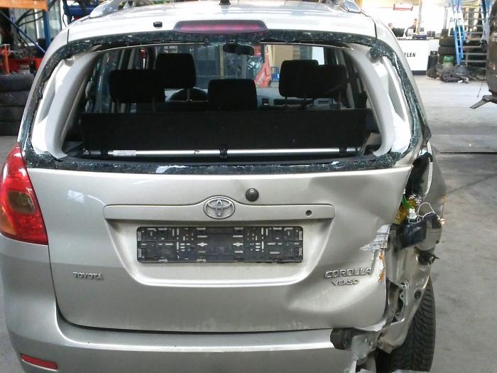 Toyota Corolla Verso (E12) 1.6 16V VVT-i (klik op de afbeelding voor de volgende foto)  (klik op de afbeelding voor de volgende foto)