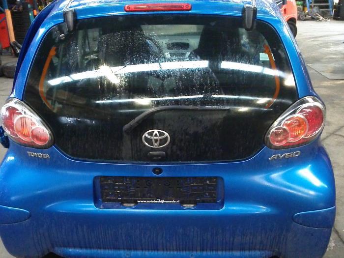 Toyota Aygo (B10) 1.0 12V VVT-i 2009 Centrale Deurvergrendelings Module (klik op de afbeelding voor de volgende foto)