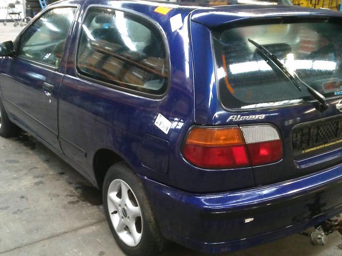 Nissan Almera (N15) 1.4 LX,GX,S 16V (klik op de afbeelding voor de volgende foto)