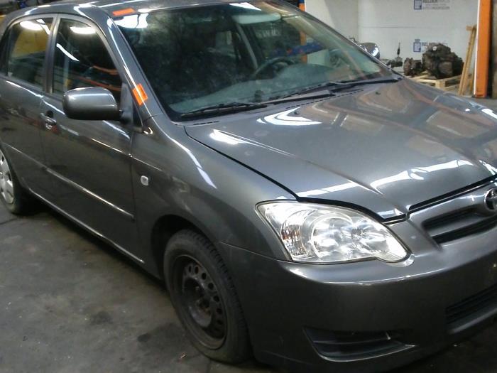 Toyota Corolla (E12) 1.4 D-4D 16V 2006 Motor (klik op de afbeelding voor de volgende foto)