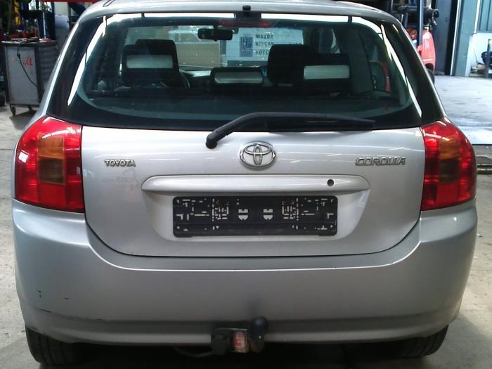 Toyota Corolla (E12) 2.0 D-4D 16V 116 (klik op de afbeelding voor de volgende foto)  (klik op de afbeelding voor de volgende foto)