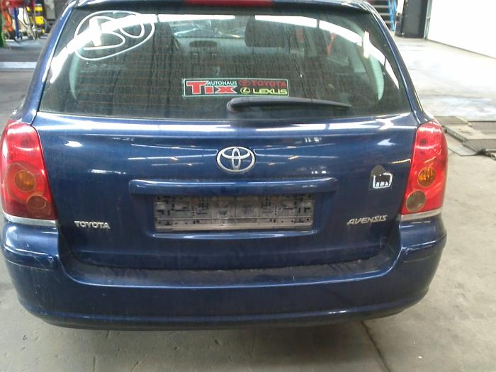Toyota Avensis Wagon (T25/B1E) 2.0 16V D-4D (klik op de afbeelding voor de volgende foto)  (klik op de afbeelding voor de volgende foto)