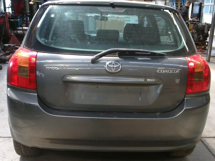 Toyota Corolla (E12) 2.0 D-4D 16V 90 (klik op de afbeelding voor de volgende foto)  (klik op de afbeelding voor de volgende foto)