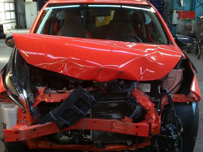 Toyota Aygo (B40) 1.0 12V VVT-i (klik op de afbeelding voor de volgende foto)  (klik op de afbeelding voor de volgende foto)  (klik op de afbeelding voor de volgende foto)  (klik op de afbeelding voor de volgende foto)  (klik op de afbeelding voor de volgende foto)  (klik op de afbeelding voor de volgende foto)