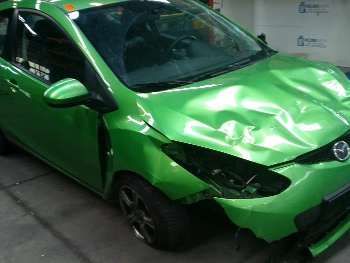 Mazda 2 (DE) 1.3 16V S-VT (klik op de afbeelding voor de volgende foto)  (klik op de afbeelding voor de volgende foto)  (klik op de afbeelding voor de volgende foto)  (klik op de afbeelding voor de volgende foto)  (klik op de afbeelding voor de volgende foto)