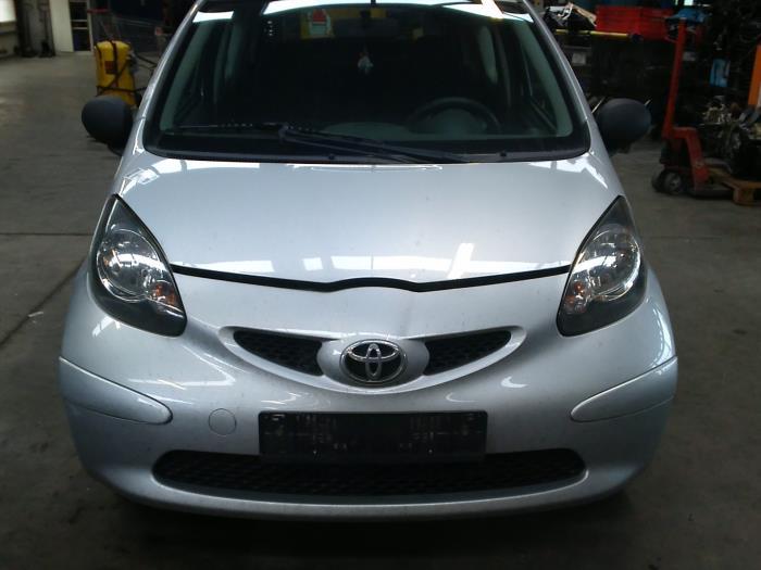 Toyota Aygo (B10) 1.0 12V VVT-i (klik op de afbeelding voor de volgende foto)  (klik op de afbeelding voor de volgende foto)  (klik op de afbeelding voor de volgende foto)  (klik op de afbeelding voor de volgende foto)  (klik op de afbeelding voor de volgende foto)