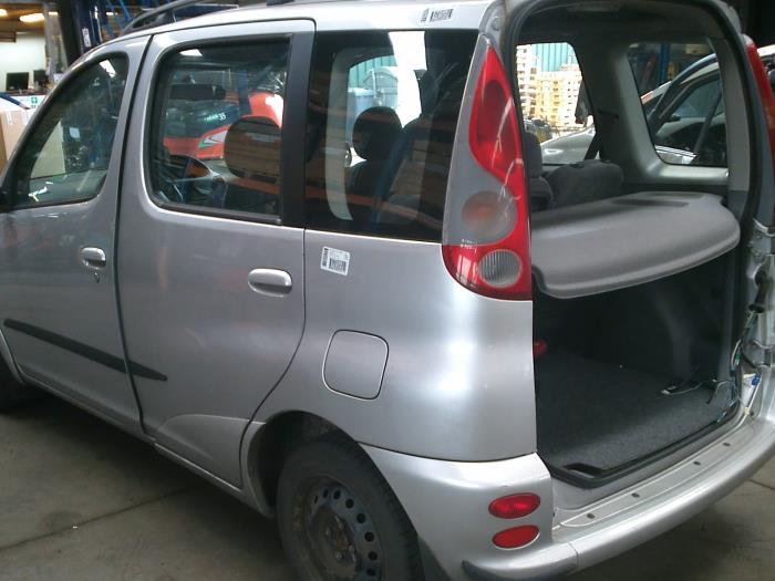 Toyota Yaris Verso (P2) 1.5 16V (klik op de afbeelding voor de volgende foto)