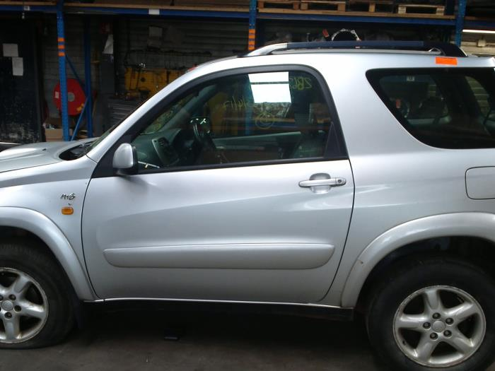 Toyota RAV4 (A2) 2.0 D-4D 16V 4x4 (klik op de afbeelding voor de volgende foto)  (klik op de afbeelding voor de volgende foto)  (klik op de afbeelding voor de volgende foto)  (klik op de afbeelding voor de volgende foto)  (klik op de afbeelding voor de volgende foto)  (klik op de afbeelding voor de volgende foto)  (klik op de afbeelding voor de volgende foto)