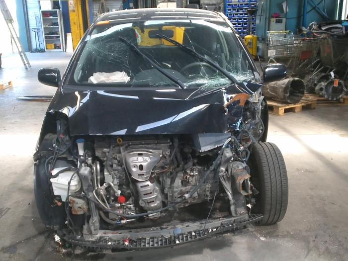 Toyota Yaris II (P9) 1.33 16V Dual VVT-I (klik op de afbeelding voor de volgende foto)  (klik op de afbeelding voor de volgende foto)  (klik op de afbeelding voor de volgende foto)  (klik op de afbeelding voor de volgende foto)  (klik op de afbeelding voor de volgende foto)  (klik op de afbeelding voor de volgende foto)
