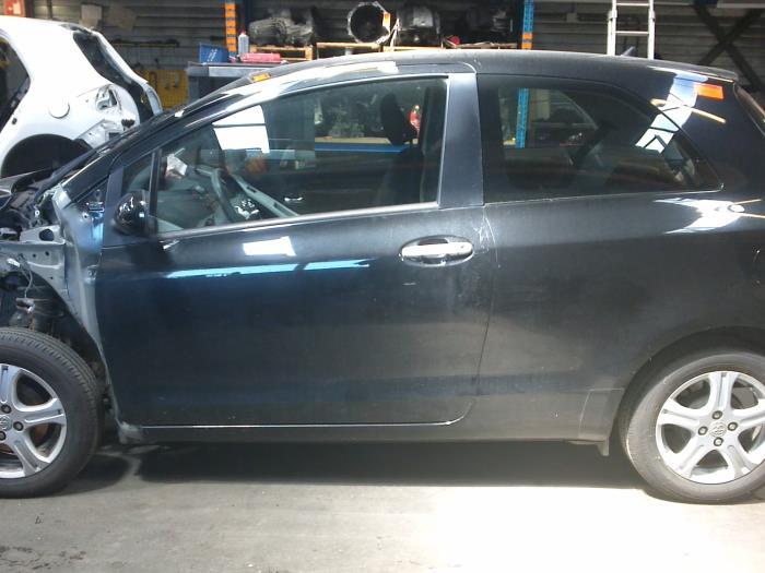 Toyota Yaris II (P9) 1.33 16V Dual VVT-I (klik op de afbeelding voor de volgende foto)  (klik op de afbeelding voor de volgende foto)  (klik op de afbeelding voor de volgende foto)  (klik op de afbeelding voor de volgende foto)  (klik op de afbeelding voor de volgende foto)  (klik op de afbeelding voor de volgende foto)  (klik op de afbeelding voor de volgende foto)