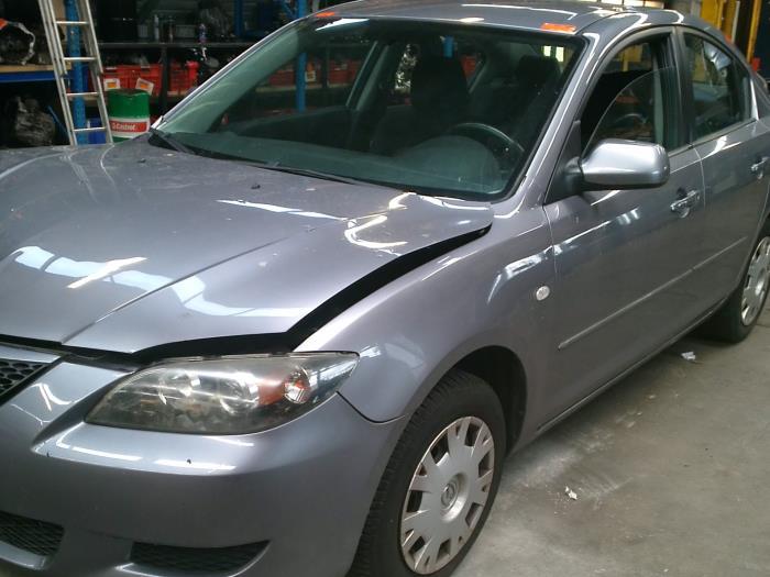 Mazda 3 (BK12) 1.6i 16V (klik op de afbeelding voor de volgende foto)  (klik op de afbeelding voor de volgende foto)  (klik op de afbeelding voor de volgende foto)  (klik op de afbeelding voor de volgende foto)  (klik op de afbeelding voor de volgende foto)  (klik op de afbeelding voor de volgende foto)  (klik op de afbeelding voor de volgende foto)  (klik op de afbeelding voor de volgende foto)