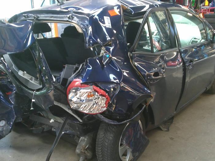 Toyota Auris (E15) 1.8 16V HSD Full Hybrid (klik op de afbeelding voor de volgende foto)  (klik op de afbeelding voor de volgende foto)  (klik op de afbeelding voor de volgende foto)