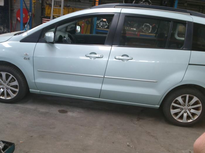 Mazda 5 (CR19) 2.0 CiDT 16V Normal Power (klik op de afbeelding voor de volgende foto)  (klik op de afbeelding voor de volgende foto)  (klik op de afbeelding voor de volgende foto)  (klik op de afbeelding voor de volgende foto)  (klik op de afbeelding voor de volgende foto)  (klik op de afbeelding voor de volgende foto)  (klik op de afbeelding voor de volgende foto)
