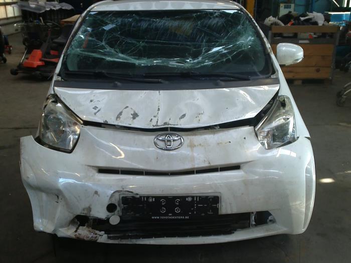 Toyota iQ 1.0 12V VVT-i (klik op de afbeelding voor de volgende foto)  (klik op de afbeelding voor de volgende foto)  (klik op de afbeelding voor de volgende foto)  (klik op de afbeelding voor de volgende foto)  (klik op de afbeelding voor de volgende foto)  (klik op de afbeelding voor de volgende foto)