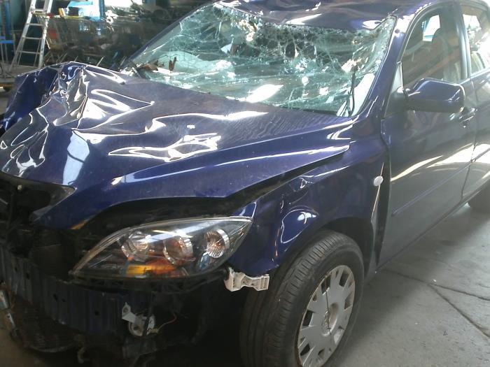 Mazda 3 Sport (BK14) 1.6i 16V (klik op de afbeelding voor de volgende foto)  (klik op de afbeelding voor de volgende foto)  (klik op de afbeelding voor de volgende foto)  (klik op de afbeelding voor de volgende foto)  (klik op de afbeelding voor de volgende foto)  (klik op de afbeelding voor de volgende foto)  (klik op de afbeelding voor de volgende foto)  (klik op de afbeelding voor de volgende foto)