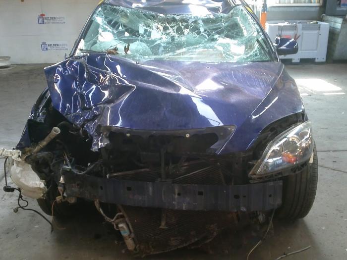 Mazda 3 Sport (BK14) 1.6i 16V (klik op de afbeelding voor de volgende foto)  (klik op de afbeelding voor de volgende foto)  (klik op de afbeelding voor de volgende foto)  (klik op de afbeelding voor de volgende foto)  (klik op de afbeelding voor de volgende foto)  (klik op de afbeelding voor de volgende foto)