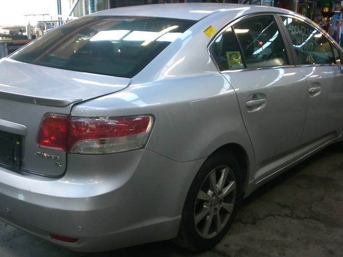 Toyota Avensis (T27) 2.0 16V D-4D-F (klik op de afbeelding voor de volgende foto)  (klik op de afbeelding voor de volgende foto)  (klik op de afbeelding voor de volgende foto)