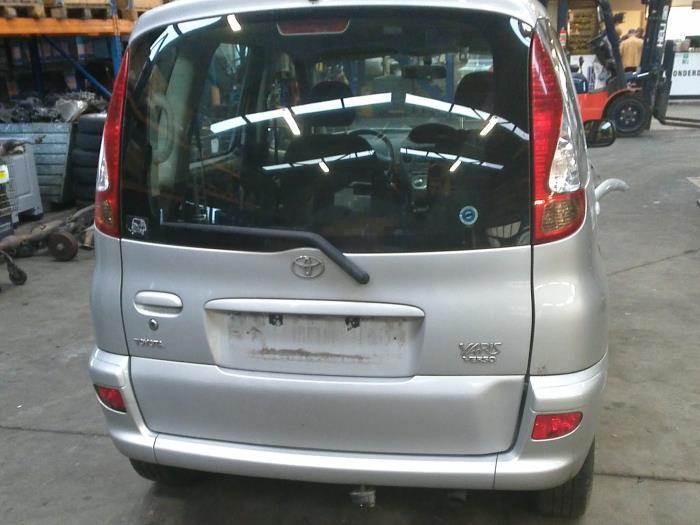 Toyota Yaris Verso (P2) 1.3 16V (klik op de afbeelding voor de volgende foto)  (klik op de afbeelding voor de volgende foto)