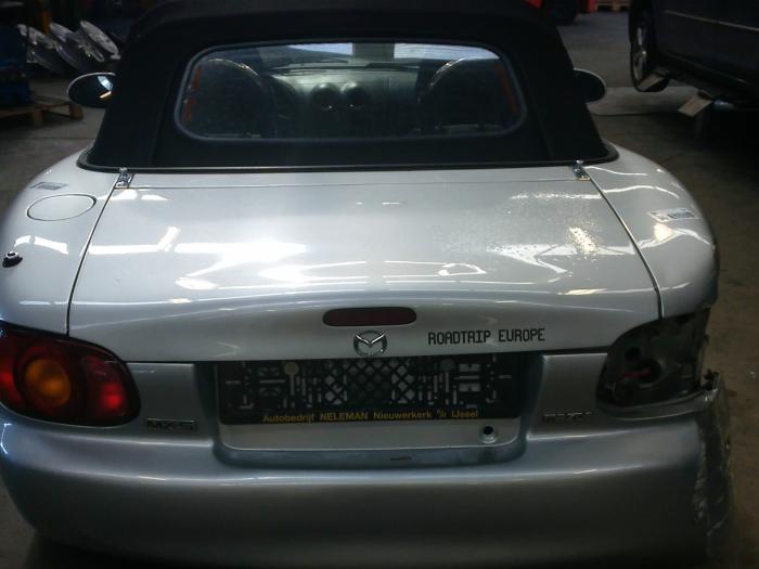 Mazda MX-5 (NB18/35/8C) 1.6i 16V (klik op de afbeelding voor de volgende foto)  (klik op de afbeelding voor de volgende foto)