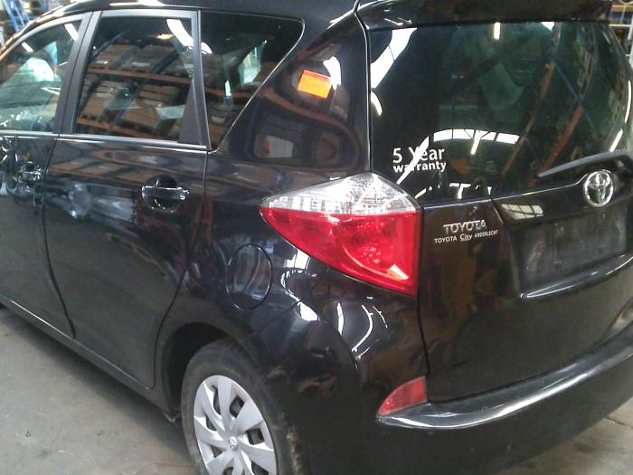 Toyota Verso S 1.4 D-4D (klik op de afbeelding voor de volgende foto)