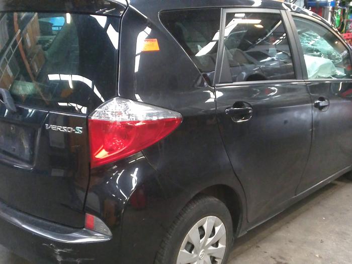 Toyota Verso S 1.4 D-4D (klik op de afbeelding voor de volgende foto)  (klik op de afbeelding voor de volgende foto)  (klik op de afbeelding voor de volgende foto)