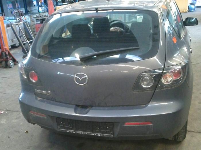 Mazda 3 (BK12) 1.6 MZ-CD 16V (klik op de afbeelding voor de volgende foto)  (klik op de afbeelding voor de volgende foto)