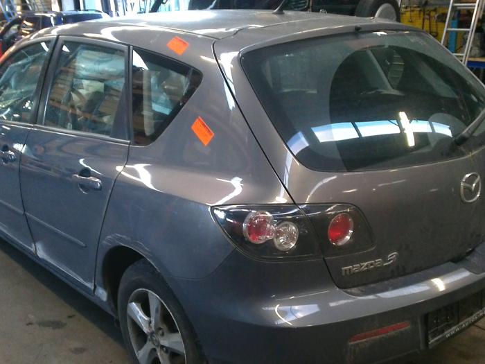 Mazda 3 (BK12) 1.6 MZ-CD 16V (klik op de afbeelding voor de volgende foto)