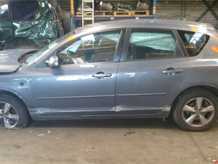 Mazda 3 (BK12) 1.6 MZ-CD 16V (klik op de afbeelding voor de volgende foto)  (klik op de afbeelding voor de volgende foto)  (klik op de afbeelding voor de volgende foto)  (klik op de afbeelding voor de volgende foto)  (klik op de afbeelding voor de volgende foto)  (klik op de afbeelding voor de volgende foto)  (klik op de afbeelding voor de volgende foto)
