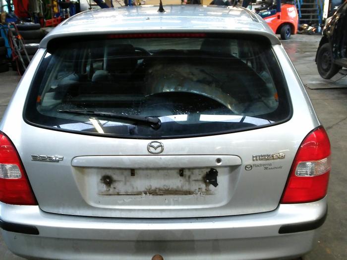 Mazda 323 Fastbreak (BJ14) 1.8 GLX,GT 16V (klik op de afbeelding voor de volgende foto)  (klik op de afbeelding voor de volgende foto)