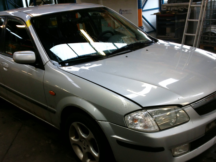 Mazda 323 Fastbreak (BJ14) 1.8 GLX,GT 16V (klik op de afbeelding voor de volgende foto)  (klik op de afbeelding voor de volgende foto)  (klik op de afbeelding voor de volgende foto)  (klik op de afbeelding voor de volgende foto)  (klik op de afbeelding voor de volgende foto)