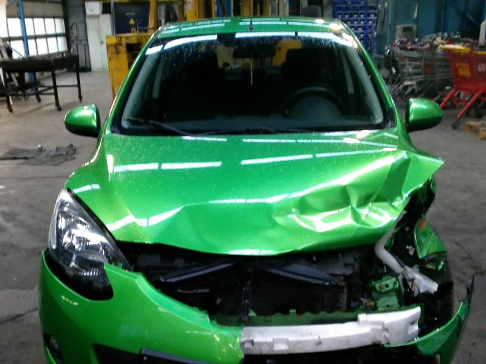 Mazda 2 (DE) 1.5 16V S-VT (klik op de afbeelding voor de volgende foto)  (klik op de afbeelding voor de volgende foto)  (klik op de afbeelding voor de volgende foto)  (klik op de afbeelding voor de volgende foto)  (klik op de afbeelding voor de volgende foto)